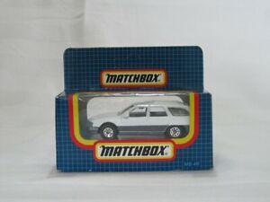 MATCHBOX MB-33 (MB193) MERCURY SABLE WAGON - WHITE 1987 MADE IN MACAU - USED.