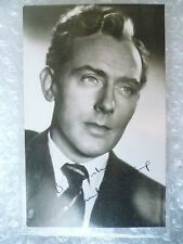 Postcard- MICHAEL WILDING with printed Autograph (English stage & film actor)