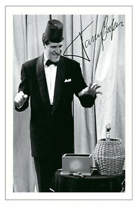TOMMY COOPER SIGNED PHOTO PRINT AUTOGRAPH COMEDY
