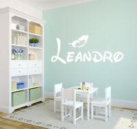 Wandtattoo AA129 NAMEN und Schmetterling Kinderzimmer ++personalisiert++