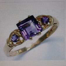 9ct Yellow Gold Amethyst Ring - Size O