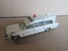449H Vintage Dinky 263 Pontiac Superior Criterion Ambulance 1:43