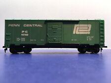 "HO Scale ""Penn Central"" PC 46150 40' Freight Train Box Car"