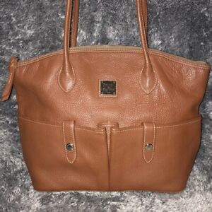 Authentic Dooney & Bourke Tan Pebbled Leather Large Shoppers Tote