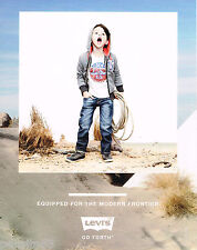 PUBLICITE ADVERTISING 065  2013  LEVI'S    jeans enfants