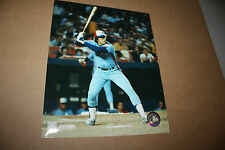 MONTREAL EXPOS GARY CARTER UNSIGNED 8X10 PHOTO POSE 1