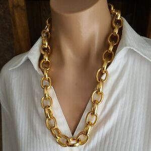 "Vintage Gold Tone Curb Chain Necklace 22""L"