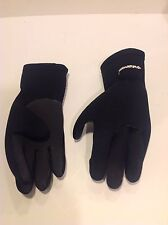 Whitewater Women's 90% Neoprene Gloves Size Large With Grip Snorkel Or SCUBA