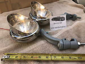 NEW CLEAR 12 VOLT SMALL VINTAGE STYLE FOG LIGHTS WITH VISORS AND GRAY BRACKETS !