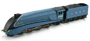 Hornby LNER Mallard #4468 OO Gauge Locomotive W/ Coal Tender