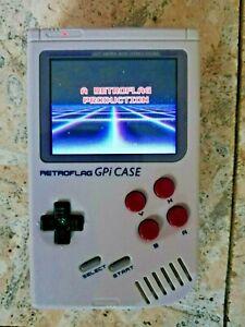RETROFLAG GPI Gameboy Case mit Raspberry Pi Zero W und 64gb SD Karte.