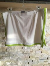 Nike Women's tennis skirt Size Medium NWT