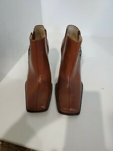 BCBGirls Womens Tan Leather Ankle Boots Size 6.5 B