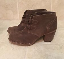 Clarks Womens Tan Taupe Suede Lace Up Ankle Bootie Boots Size 9