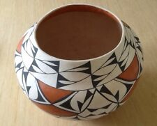Vintage Acoma Pueblo Indian Pot - Pre-Owned - Signed on Base - From Collection.