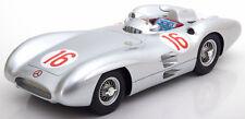 CMR Mercedes W196 Stromlinie Winner GP Italy 1954 World Champion #16 1/18 New!