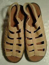 SoLite by Easy Street Comfort Wave Womens Floaty Peep Toe Casual Tan Size 10 W