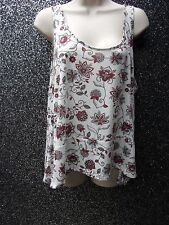 WOMANS TOP BEIGE/RED FLORAL  BY H & M  CONSCIOUS SIZE EUR L  USED