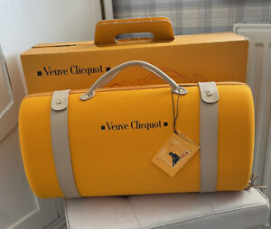 Veuve Clicquot Traveller Insulated Champagne Cooler Carry Tote Case Bag with Box