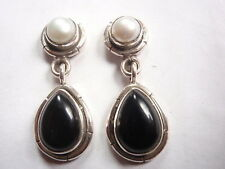 Black Onyx Cultured Pearl 925 Sterling Silver Stud Earrings w/ Grooved Accents