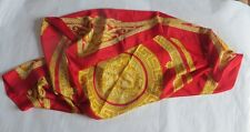 Grand foulard en polyester avec médaillon  or – made in Italy  - rouge et or -