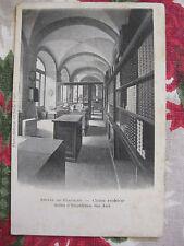 CPA Bourgogne Abbaye de Flavigny Salles expédition des anis Cloître extérieur