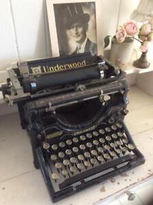 ~Fabulous Antique UNDERWOOD Cast Iron Typewriter~Ideal Display~