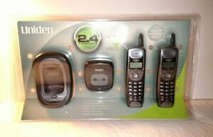 Uniden Cordless Phone Set 2.4 GHz Model DXI 4286-2C (2 Base, 2 Phone) New Sealed