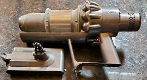 Dyson V11 Torque Drive Stick Vacuum Cleaner Battery & Head FOR PARTS