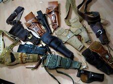 Sammlung Konvolut 14 Stück Revolverholster Westernholster teilw.mit Gürtel Leder