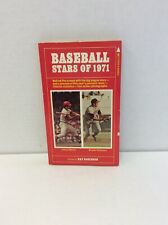 BASEBALL STARS OF 1971 JOHNNY BENCH AND BROOKS ROBINSON ON COVER