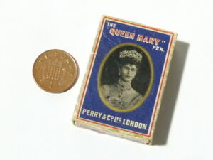 """No. 1914 The """" QUEEN MARY"""" Pen Nib Pictorial Box Perry & Co. London"""