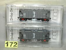 SET OF TWO KADEE BOSTON & MAINE PS-2 2 BAY COVERED HOPPER CARS NEW READY TO RUN