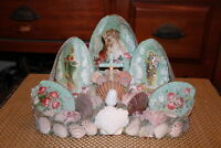 Antique Jesus Christ Mother Mary Religious Spiritual Seashell Shrine Table Lamp