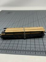 HO Scale Bowser 10049 LV Lehigh Valley 50' Flat Car With Wood Load L1