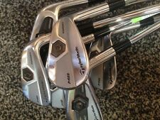TAYLORMADE MC & MB COMBO IRONS 4-PW - PROJECT X 5.5 SHAFTS - WHITE GP GRIPS
