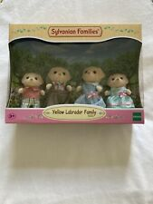 NEW Sylvanian Families (5182)  YELLOW LABRADOR FAMILY - Set of 4 Dolls - Age 3+
