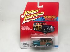 Johnny Lightning-Woodys & Panels-41 Chevy Special Deluxe Wagon-Sealed On Card