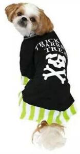 """PIRATE Trick """"arrrr"""" Treat Crossbones Dog T-Shirt Halloween Costume XS,S,M,L,XL"""