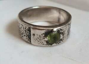 JAS 925 Sterling Silver Ring With Green Stone, size R