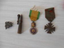 lot médailles militaire briquet de poilu ww1