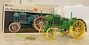 2000 ERTL John Deere Waterloo Boy 1/16 Scale Precision Classics Die-Cast Tractor