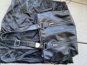 YSL Tasche Yves Saint Laurent Schultertasche Leder Schwarz