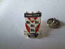 a2 YORK CITY FC club spilla football calcio pins fussball inghilterra england