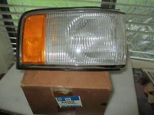 OEM, GM  NOS NIB Cornering Lamp 5976660, CADILLAC PASSENGER SIDE,,