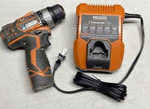 "Ridgid R82009 12V 3/8"" Drive Compact Cordless Drill/Driver & 12v Charger R86049"