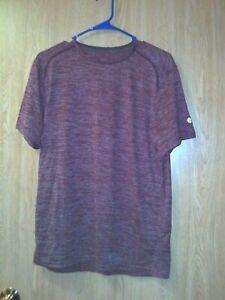 Champion Men's Stretch Workout Shirt - Size M - Red