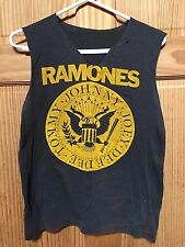 RAMONES * VINTAGE SLEEVELESS T-SHIRT * TOMMY-ERA * PUNK ROCK & ROLL SURVIVOR *