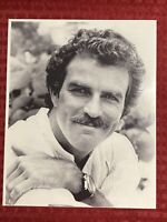 Tom Selleck 8x10 Photo Magnum P.I. Runaway Quigley Down Under The Sacketts