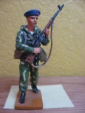 FIGURINE DEL PRADO SOLDAT PARACHUTISTE INFANTERIE NAVALE SOVIETIQUE 1980 URSS